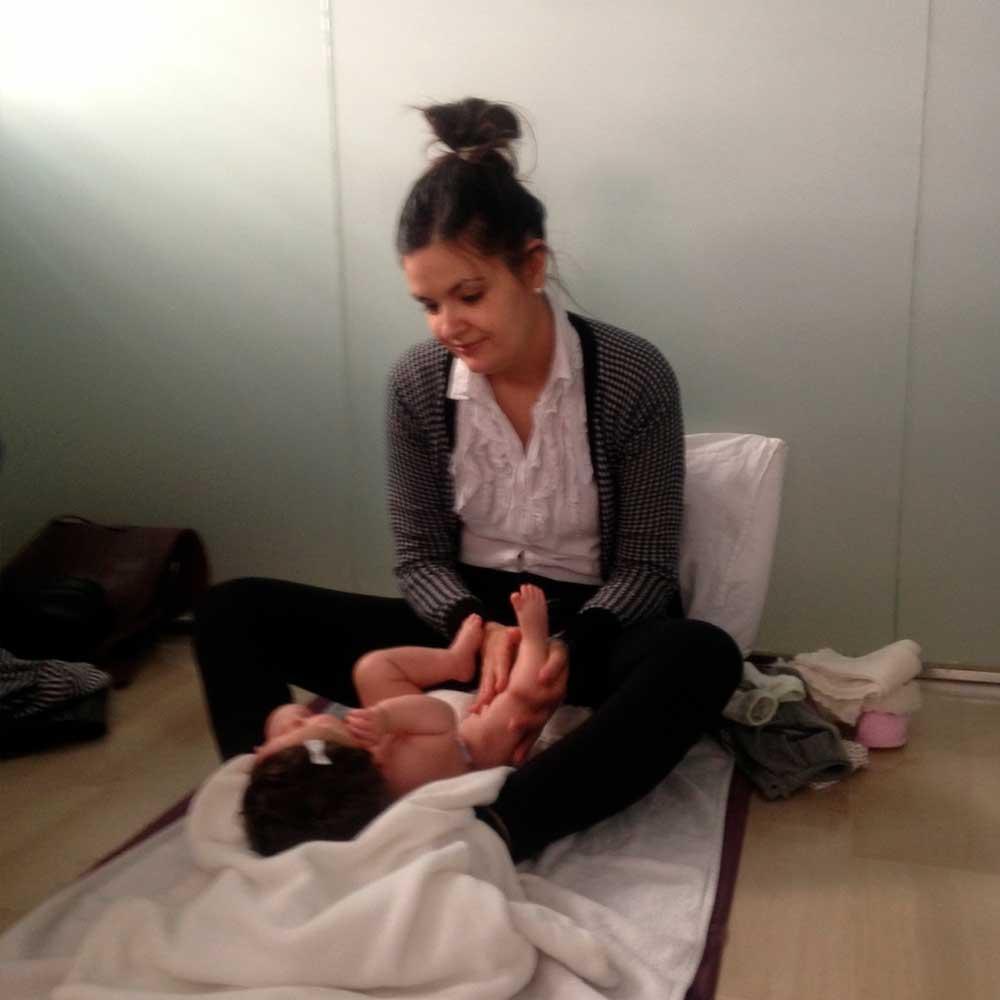 masaje infantil Susana Sánchez Centro de Fisioterapia